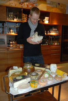 Zu Besuch beim Käsegott Hansi Baumgartner in Südtirol