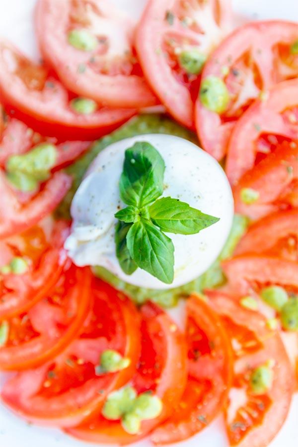 Tomate-Mozzarella-Caprese (1)