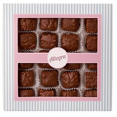 Amaretti grappa ricoperti al cioccolato