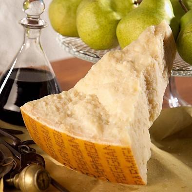Parmigiano Reggiano extra stravecchione 72 mesi - in una confezione regalo
